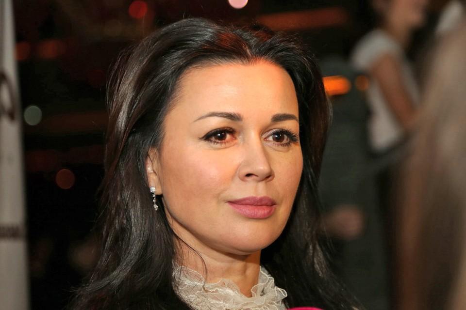 Анастасия Заворотнюк находится в больнице с отеком мозга.