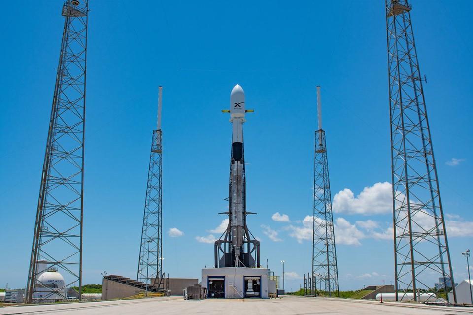 24 мая 2019 года ракета Falcon 9 запустила на околоземную орбиту 60 спутников системы глобального интернета Starlink