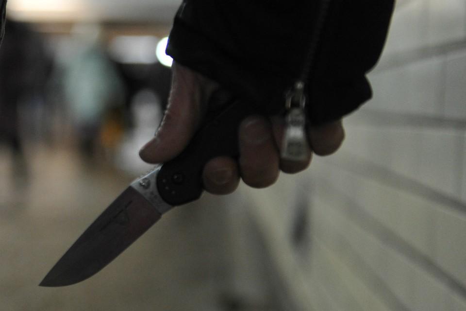 У парня обнаружили запас взрывчатки и холодное оружие