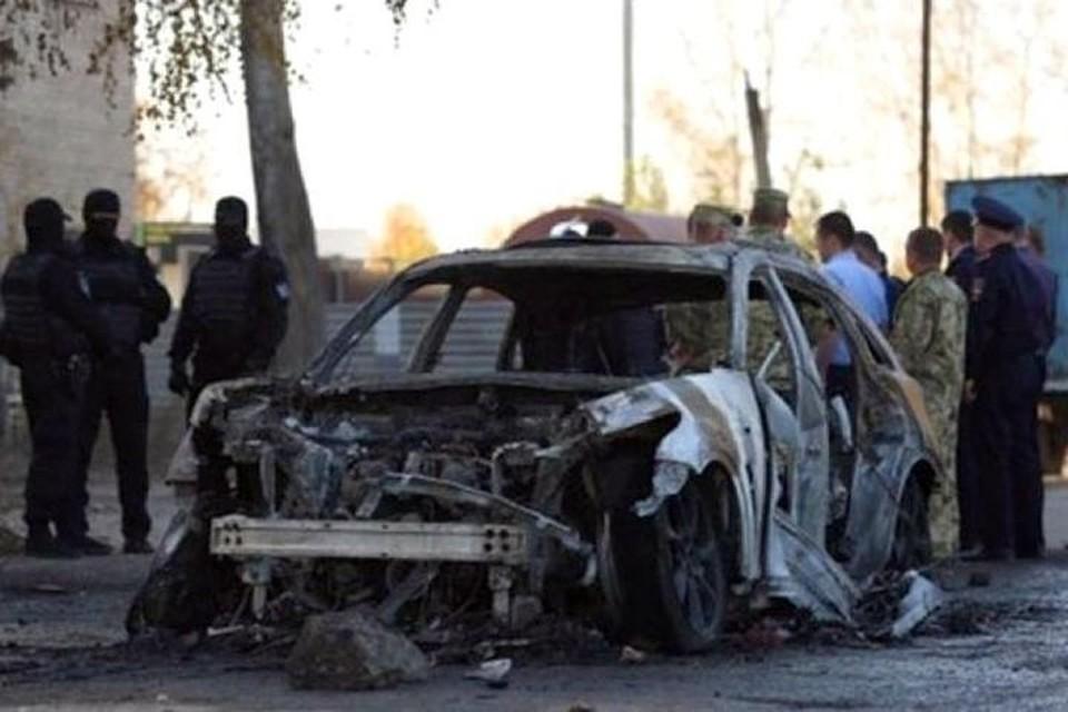 То самое авто, после поджога которого была потасовка. Фото: «Нетипичный Новосибирск».