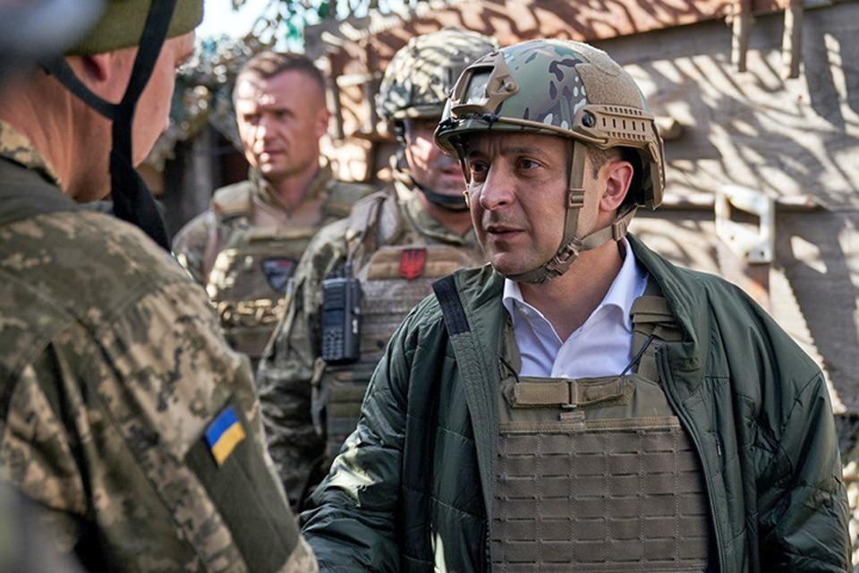 Президент Украины Владимир Зеленский побывал на передовой.