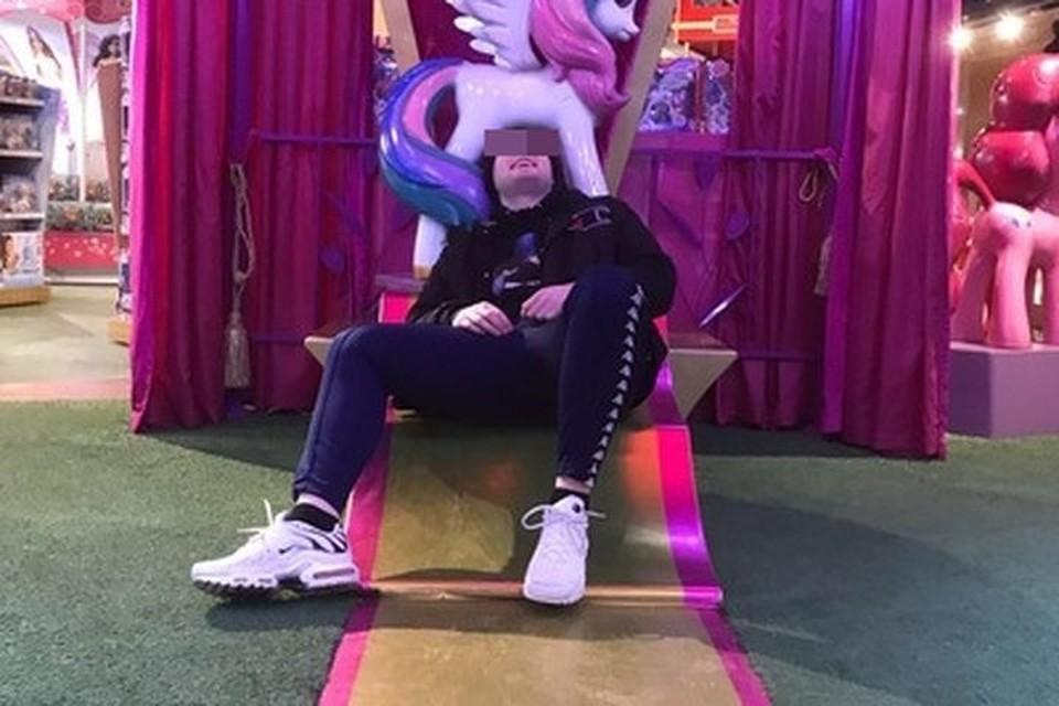 Михаил скрывался в Москве. Фото сделано в «Детском мире». Фото: соцсети.