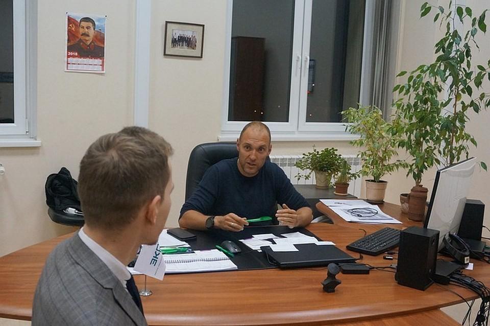 Пообщался с представителем НПП «Экра» Андреем Фурашовым. По делу Замчинской он проходил свидетелем.