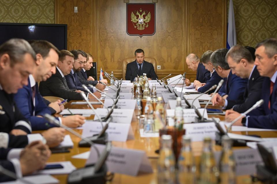 Восточный экономический форум должен стать постоянно действующей площадкой, а мероприятия под эгидой ВЭФ, Фото: фонд Росконгресс