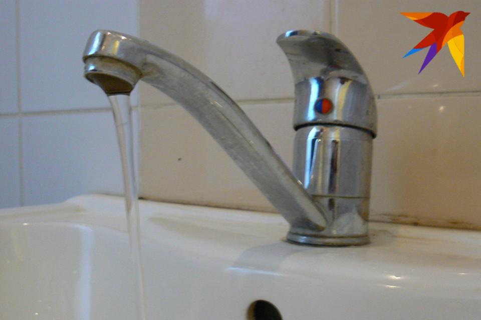 Напор воды в кранах у жителей Володарского района понизят.