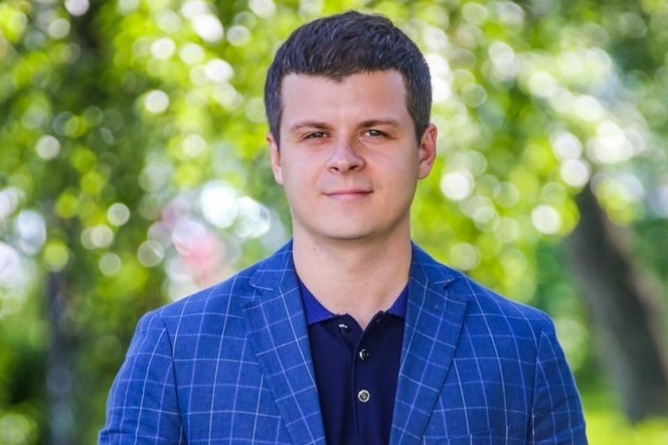 Роман Быков покинул пост управления по работе со СМИ. ФОТО: пресс-служба АКО