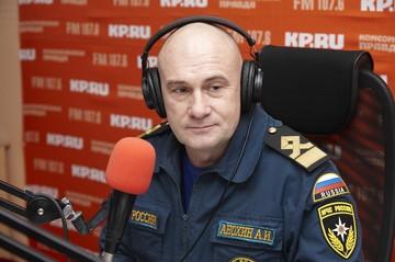 Сотрудник МЧС Удмуртии не рекомендовал кататься на коньках на Ижевском пруду