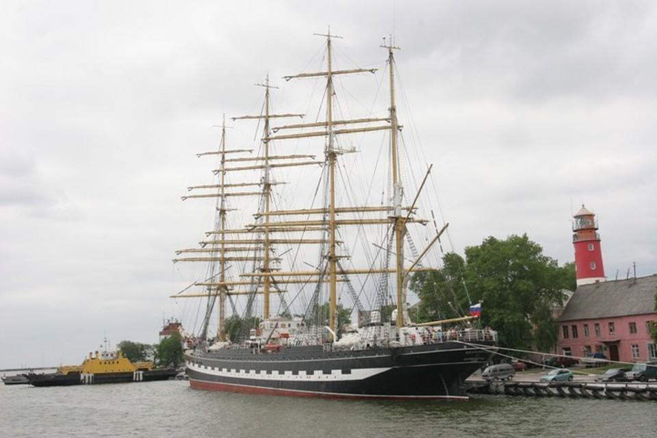 «Крузенштерн» должен вернуться в Калининград в начале сентября 2020-го.