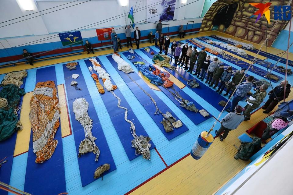 Выставку приурочили к годовщине со дня рождения лётчика-фронтовика Николая Герасимовича Голодникова