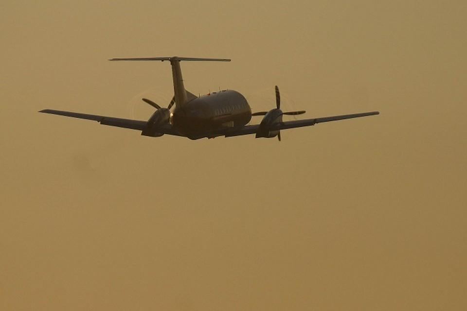 Самолет кружит над Сысертью