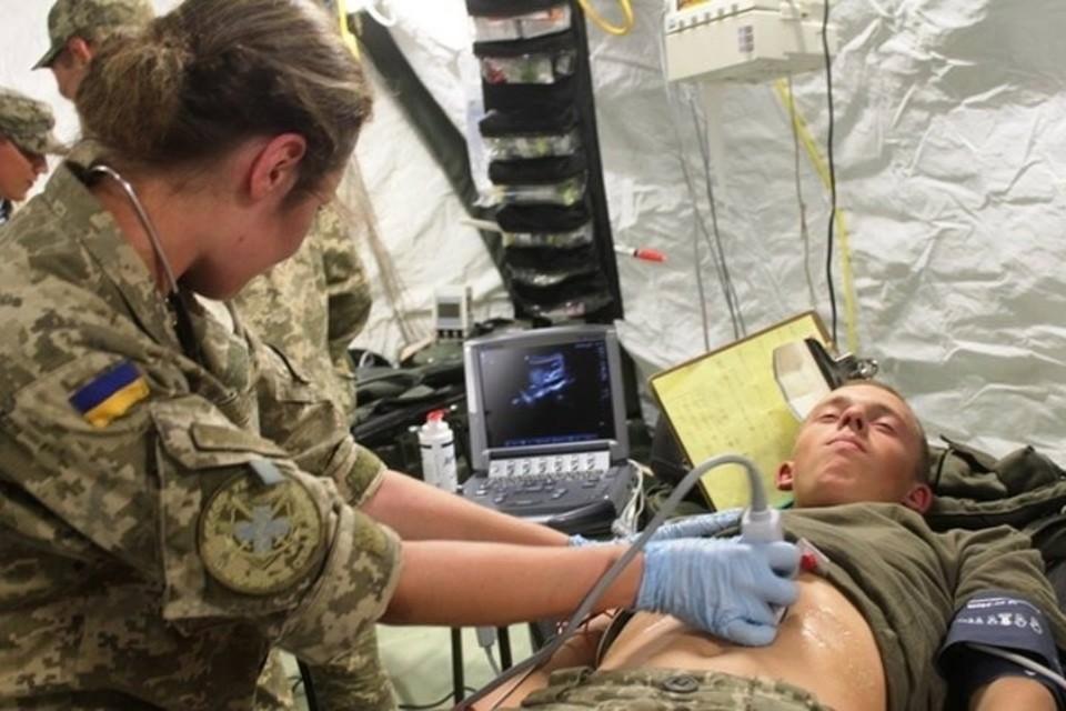У «киброгов» из 93-й бригады желудки оказывается не железные. Фото: Пресс-центр штаба ООС