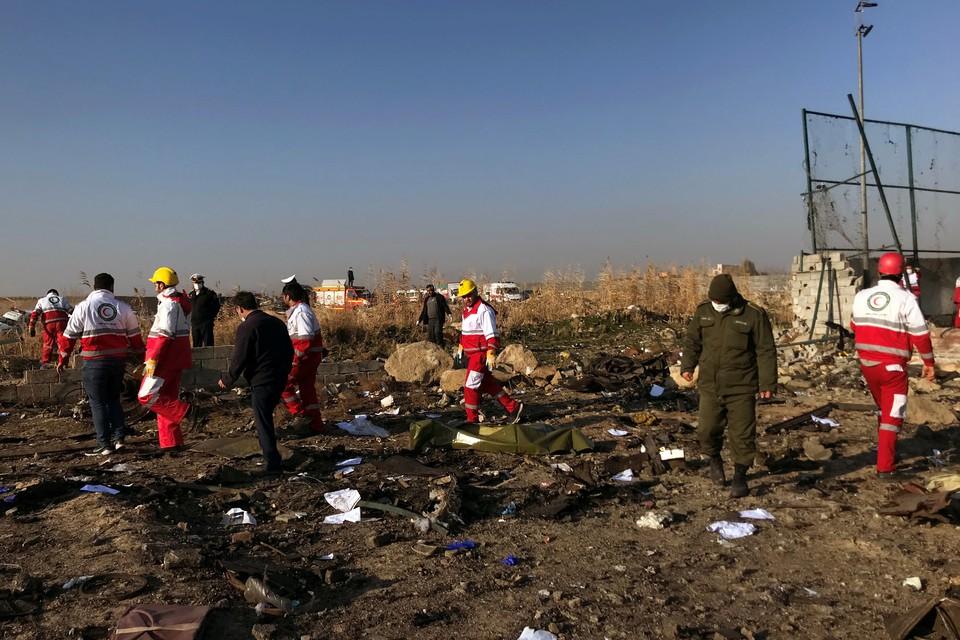 Погибли 180 человек, в основном, канадцы и иранцы