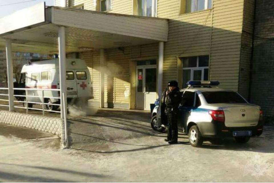 Сибирячка избила врачей скорой помощи, которых вызвала для мужа. Фото: пресс-служба Росгвардии по Бурятии.
