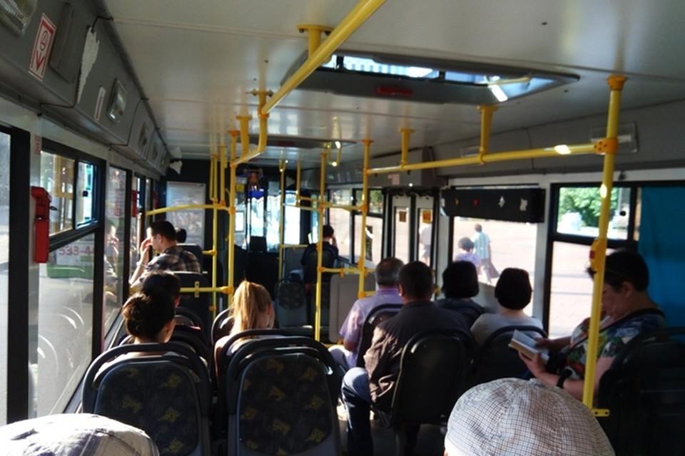 В Ноябрьске школьники ездят в автобусах бесплатно