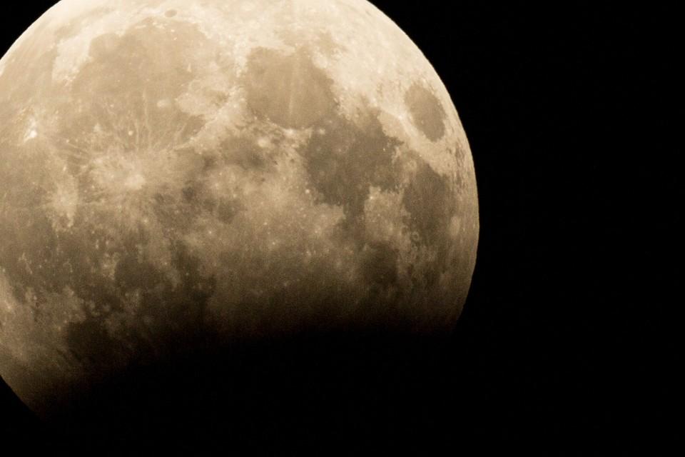 Если повезет, липчане увидят первое лунное затмение в этом году