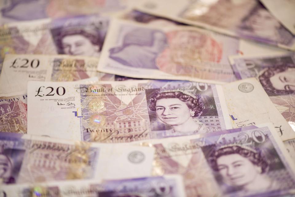 За шесть лет пенсионерам в общей сложности было подкинуто 26 000 фунтов.