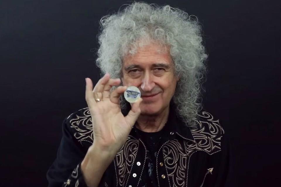 Queen увековечили на британских пятифунтовых монетах