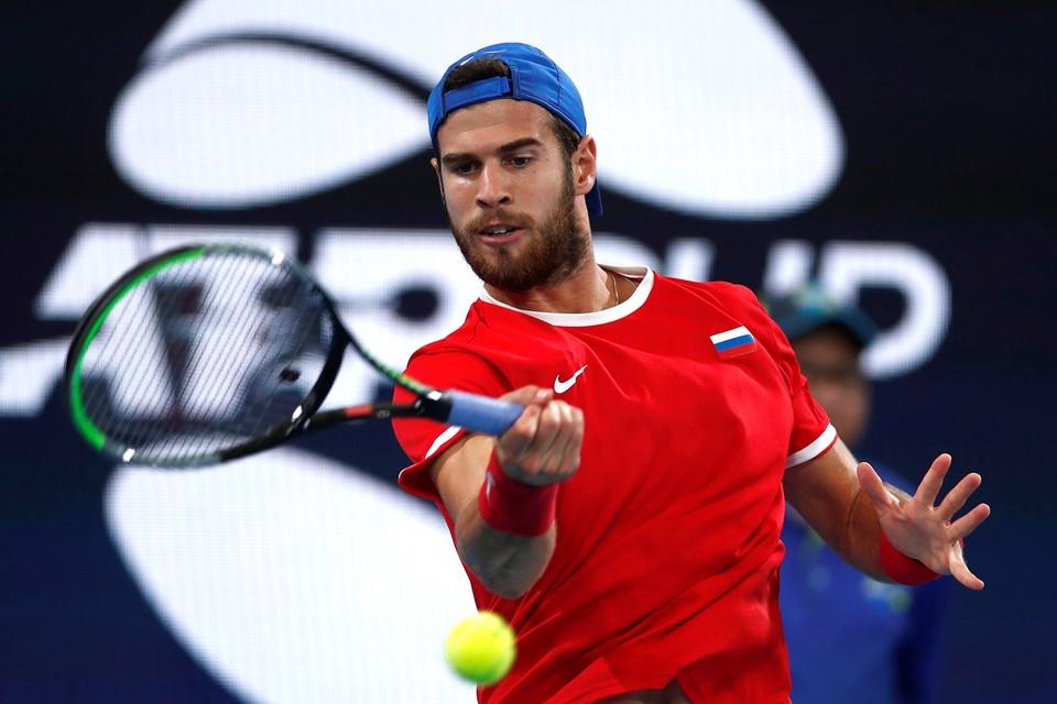 Карен Хачанов с большим трудом пробился в третий круг Australian Open
