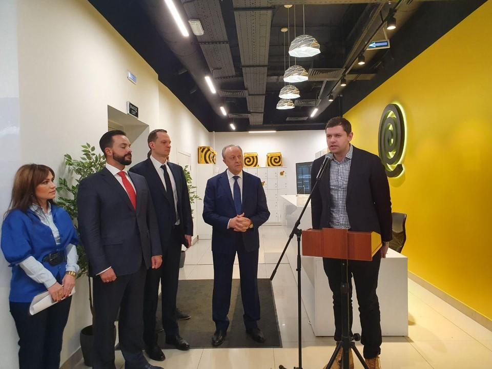 """В Саратове открылся Центр """"Яндекс.Еда"""""""