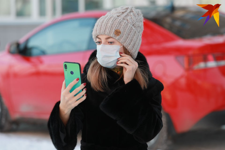 Медицинские маски в Мурманской области есть. Но дорогие!