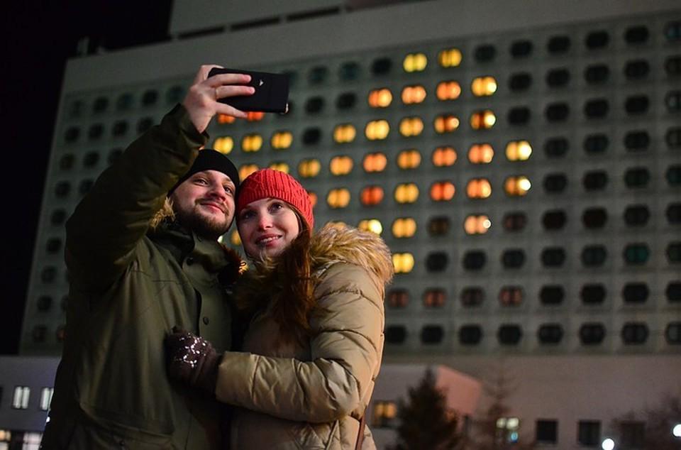 День святого Валентина планирует отмечать каждый пятый россиянин