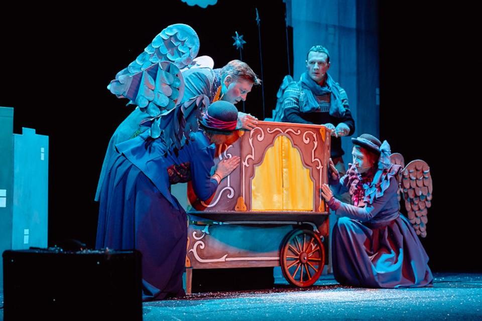 Ангелы, куклы, трепетные руки... Фото: Тверской театр кукол