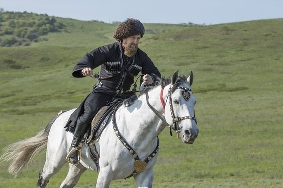 Одно из любимых занятий Рамзана Кадырова - конные прогулки.