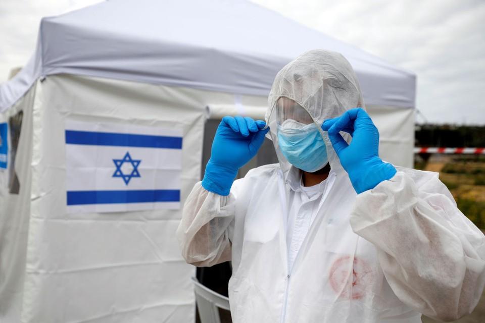 В Израиле решили бороться с коронавирусом решительно.