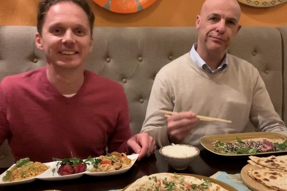 Питер и Рэмко похвалили гастрономическое разнообразие наших ресторанов.