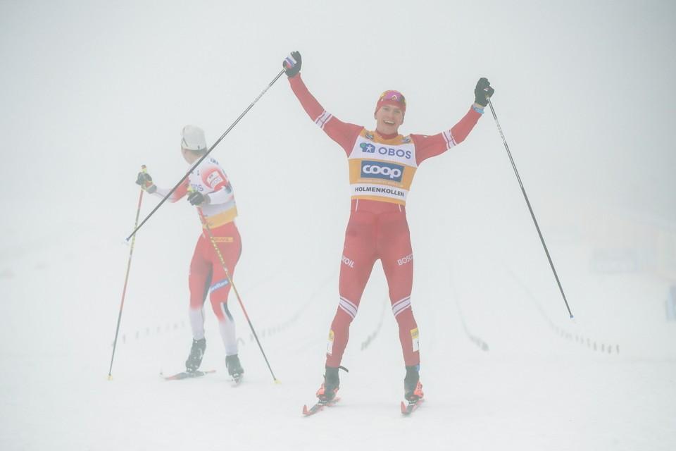 Российский лыжник Александр Большунов едет на этапы Кубка мира 2020 в качестве победителя общего зачета