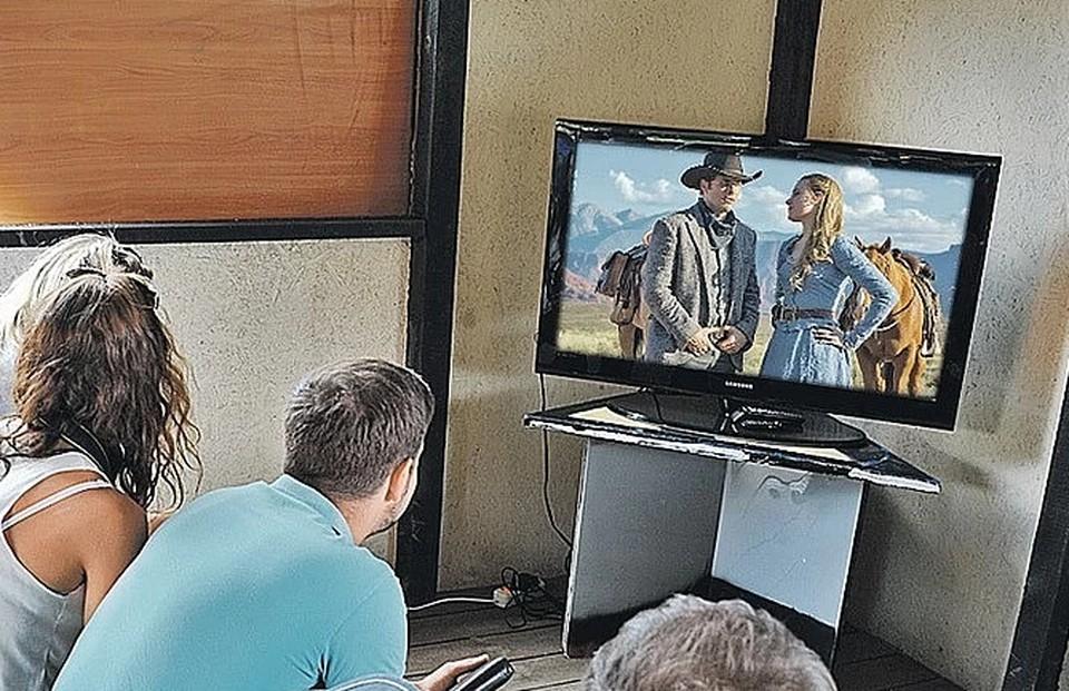 Для Wink и интерактивного ТВ «Ростелеком» открыл бесплатный доступ к большой коллекции отечественных фильмов и сериалов.