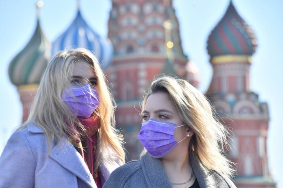 Коронавирус добрался и до России, с улиц которой исчезли иностранцы.