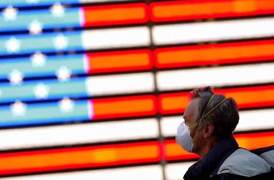 В США объясняют рост числа новых случаев коронавируса увеличением числа тестов для граждан