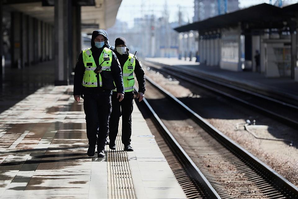 С 22 марта весь общественный транспорт Киева остановился