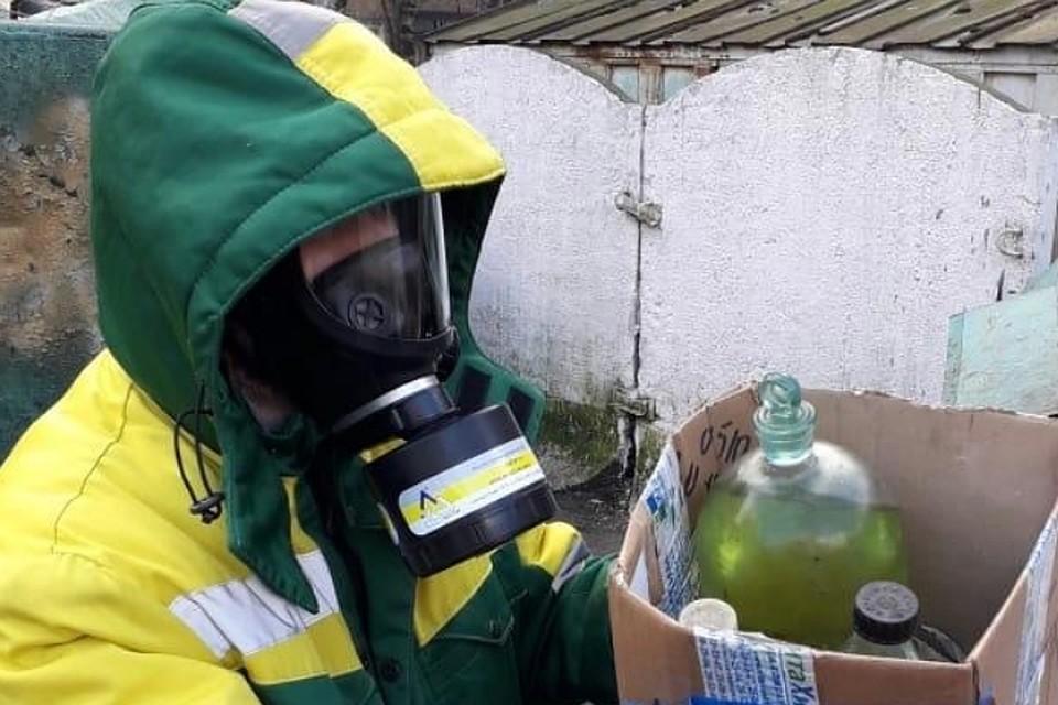 В Петербурге утилизировали 150 кг химических отходов. Фото: комитет по природопользованию Петербурга