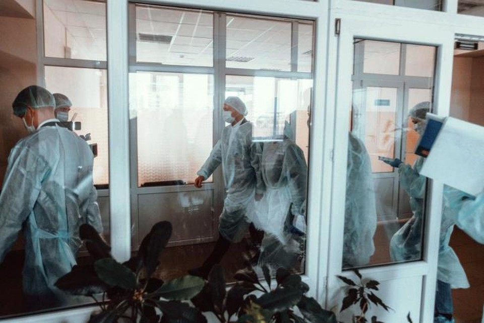 Тест на коронавирус больным проводили в Москве