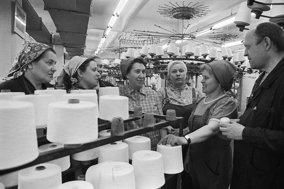 Туалетную бумагу на родине мира и социализма впервые начали выпускать к 100-летию со дня рождения В.И.Ленина