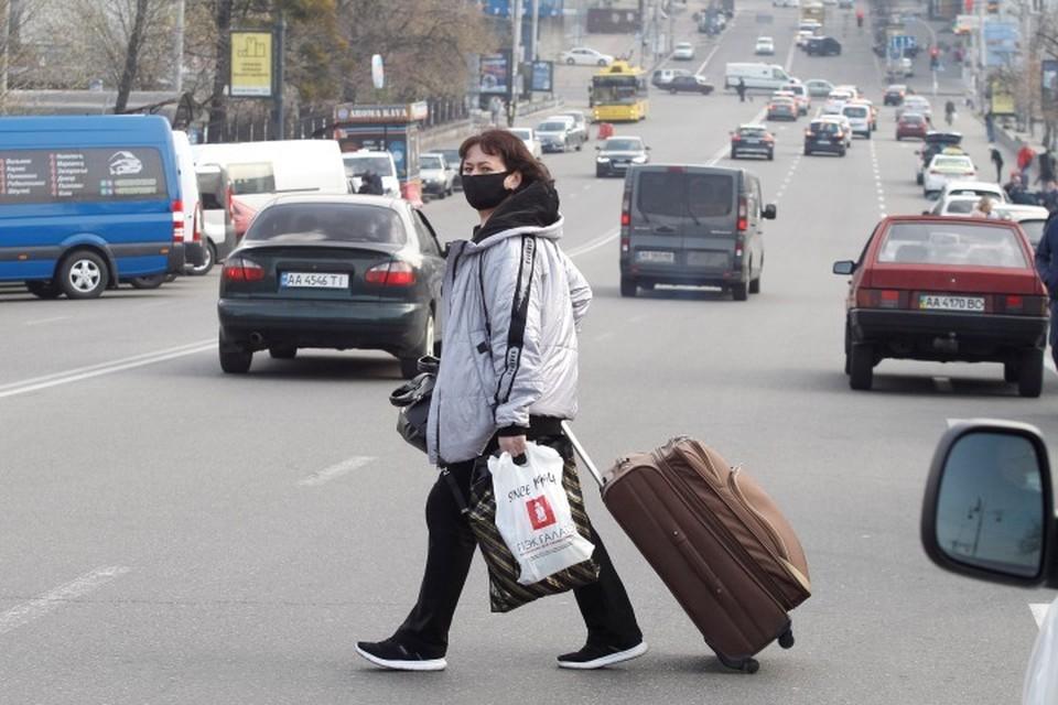 Россиян просят некоторое время побыть дома, не выходить на улицу без крайней надобности