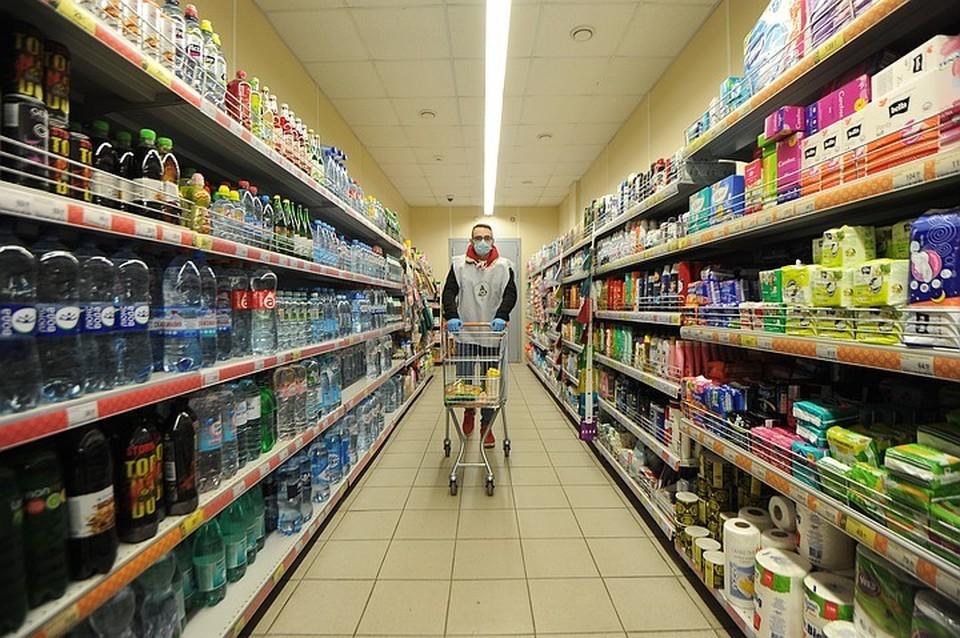 Минпромторг посоветовал не ограничивать продажу алкоголя в регионах России.