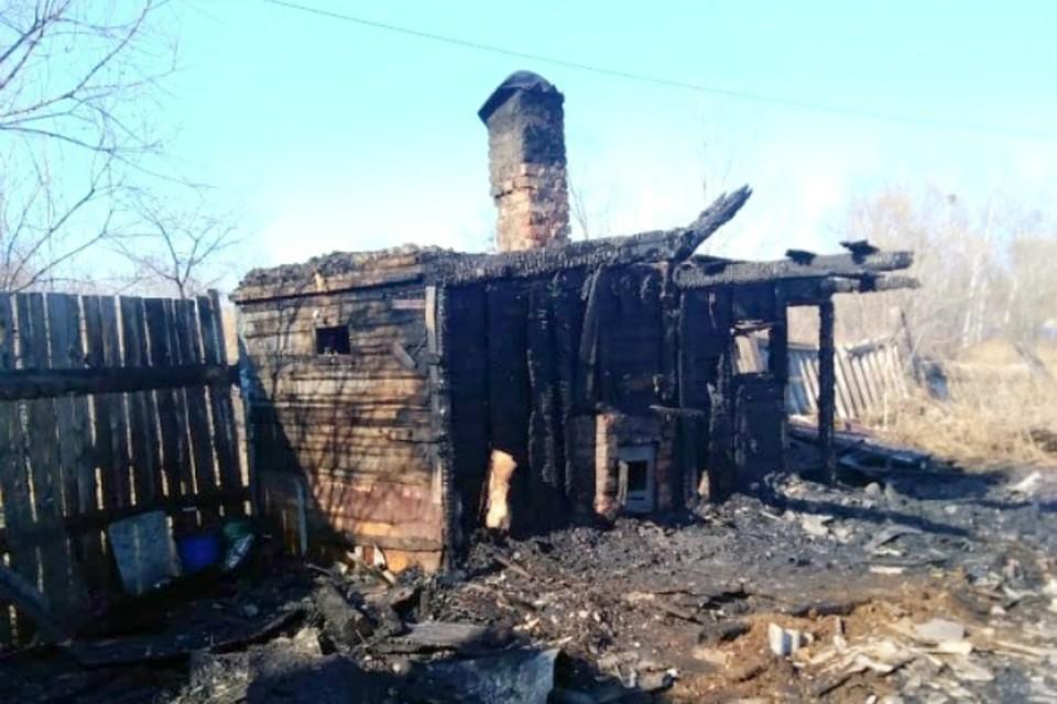 В бане многодетной семьи в ЕАО от искры разгорелось пламя