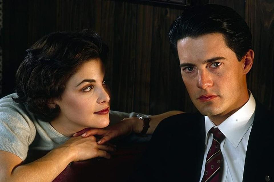 Дэйл Купер (Кайл Маклахлен) и Одри Хорн (Шерилин Фенн) - пожалуй, самые сексуальные и любимые персонажи «Твин Пикс». Фото: кадр из фильма
