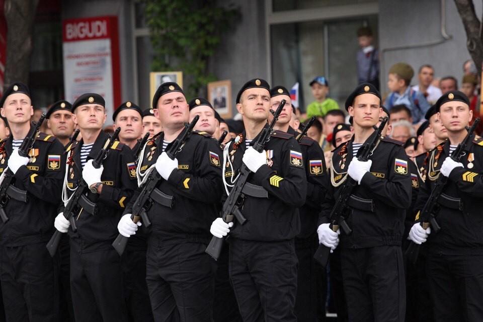 В Симферополе Парад Победы обычно проходит по центральному проспекту Кирова