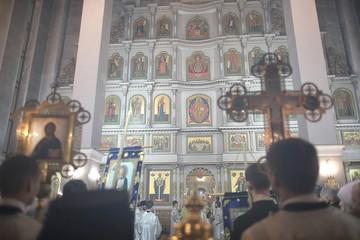 В Красноярске пасхальные богослужения прошли в полупустых храмах, но с большим торжеством и величием