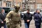 СК опубликовал видео задержания Анатолия Быкова, подозреваемого в организации заказных убийств