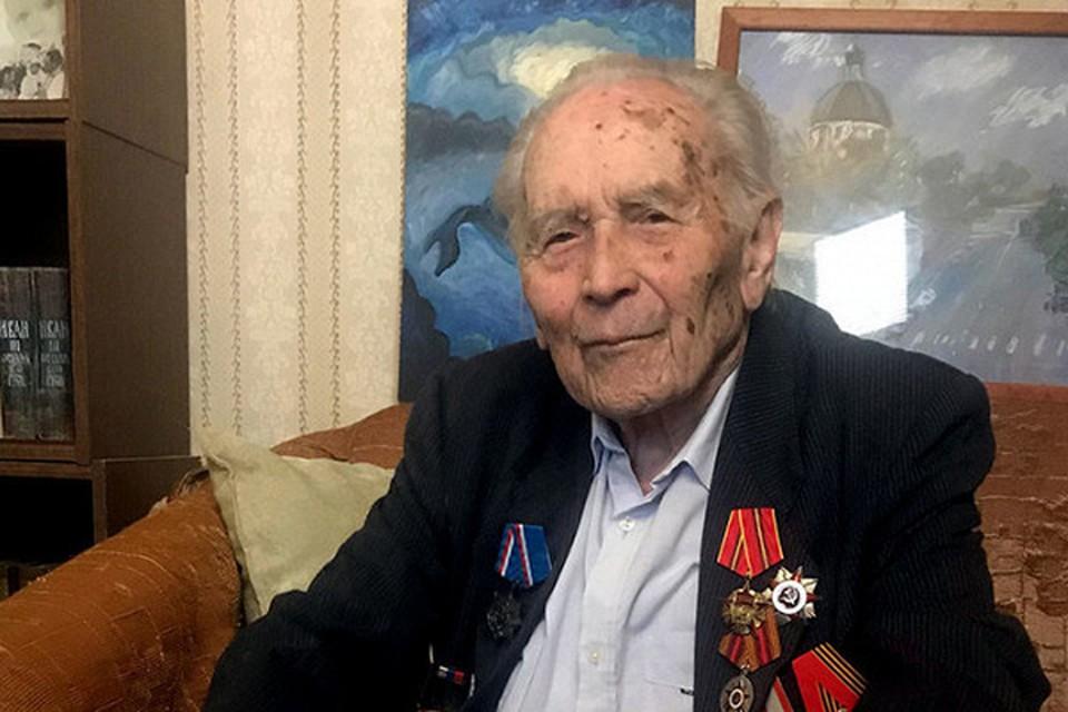 В последние недели здоровье Василия Матвеевича сильно подкосила коронавирусная инфекция