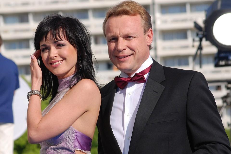 По словам друга актера, рядом с Заворотнюк Жигунов светился от счастья.