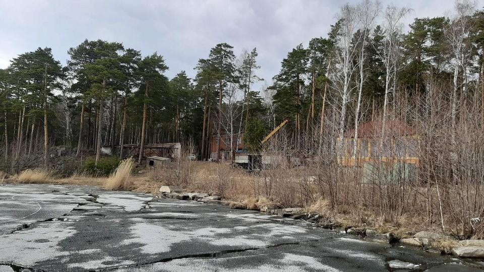 Строительство на берегу Тургояка проверит прокуратура и минэкологии области. Фото: Гражданский патруль