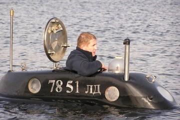 «Кит» в гараже: россиянин за 25 лет собрал частную подводную лодку
