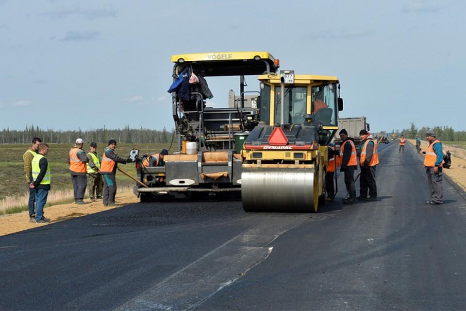 После вмешательства прокуратуры в Тарко-Сале отремонтировали дороги Фото: правительство ЯНАО