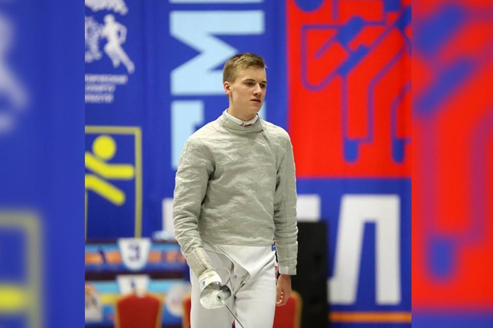 Кирилл Тюлюков из Арзамаса стал серебряным призером по результатам этапов Кубка мира по фехтованию